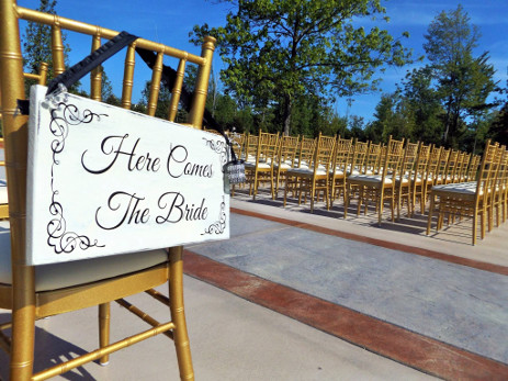 Outdoor Patio and Garden - The Columns Wedding Hall and Banquets in Buffalo NY